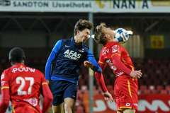 2020-12-01: - MaximGullit - SamCrowther - Voetbal: Go Ahead Eagles Jong AZ: Deventer