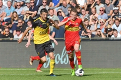 14-10-2018: - OgnjenGnajatic -  PieterLangedijk - Voetbal: Go Ahead Eagles v Roda JC: DeventerKeuken Kampioen Divisie seizoen 2018-2019L-R: Ognjen Gnajatic of Roda JC, Pieter Langendijk og Go Ahead Eagles